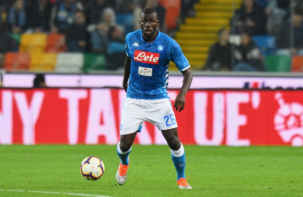 Barca trả Napoli mức giá cao để có được Koulibaly