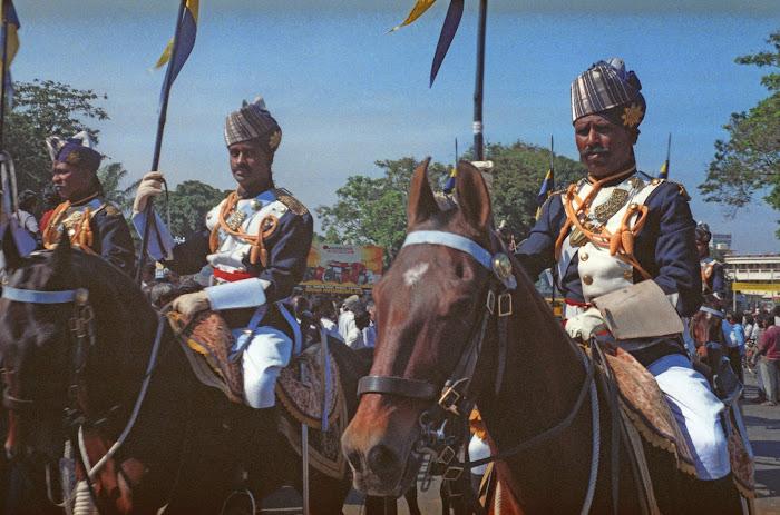 Mysore, Mysuru, Kannada Rajavastava festival, chameaux, © L. Gigout, 1990