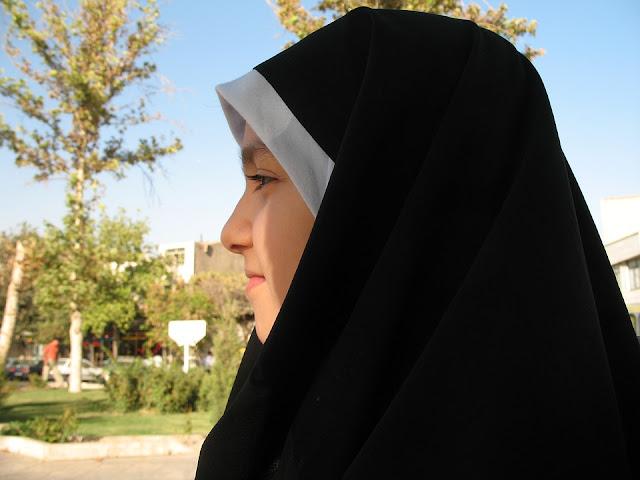 Tulisan Arab Tahmid, Bacaan Tahmid dan Prakteknya