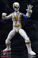 Power Rangers Lightning Collection SPD Omega Ranger & Uniforce Cycle 14