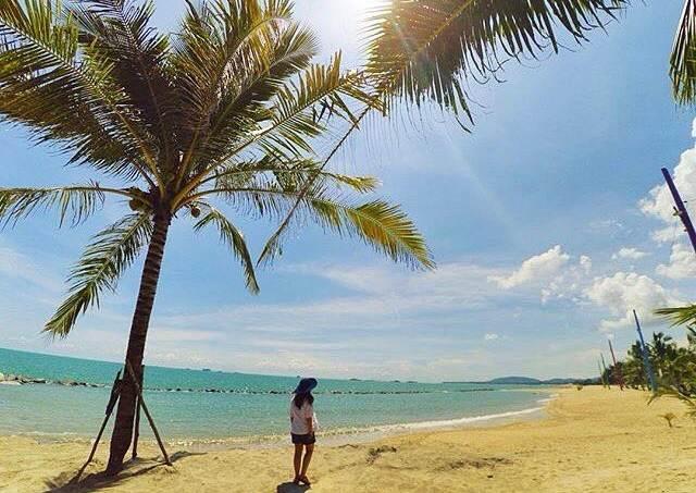10 Pantai di Bangka yang Terindah dan Wajib Dikunjungi