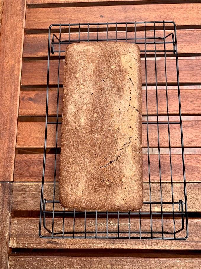 Pan de trigo sarraceno con algarroba (sin gluten)