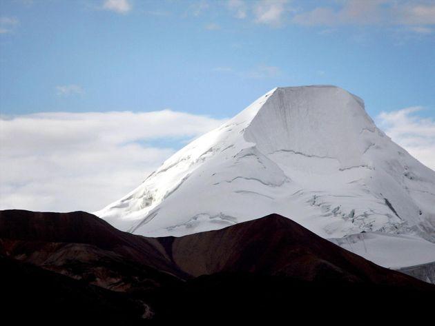 Αρχαίοι, άγνωστοι ιοί ανακαλύφθηκαν κλεισμένοι σε πάγους στο Θιβέτ