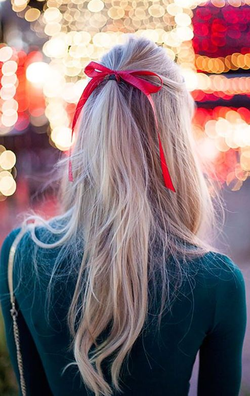 15 Holiday Party Hairdos That Take 10 Minutes or Less