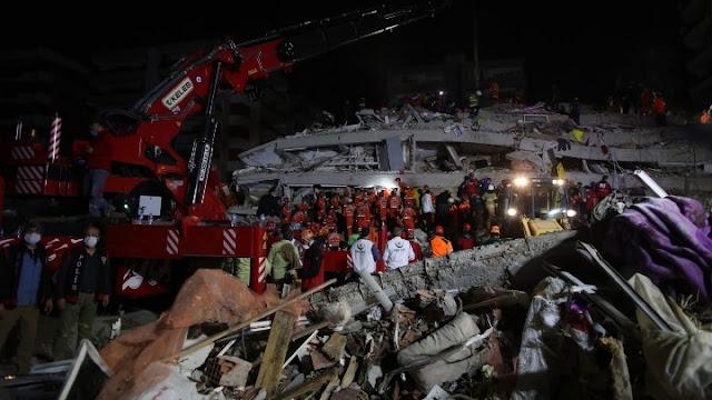 Τουρκία: Στους 24 οι νεκροί και πάνω από 800 τραυματίες από τον φονικό σεισμό