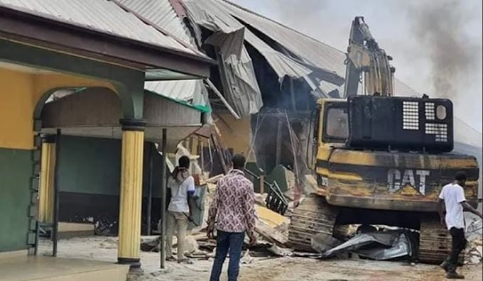 Two Hotels Demolished by Gov. Wike For Flouting COVID-19 Lockdown In Rivers State (Photo)