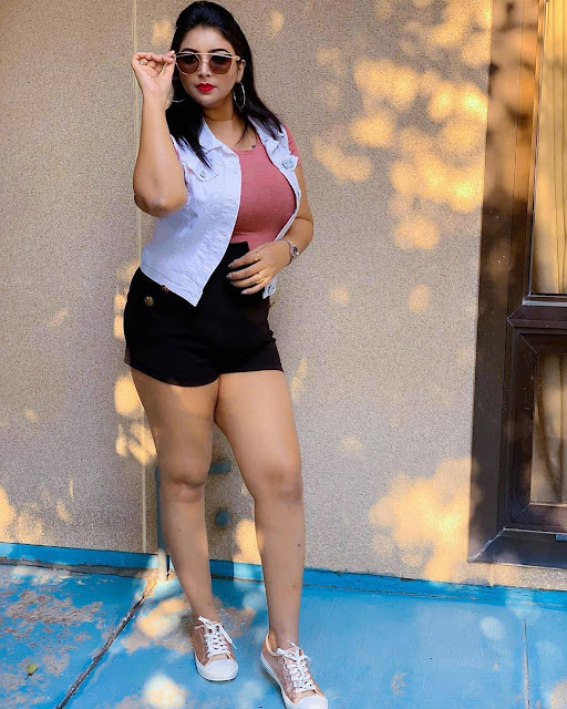 Free images of Indian Model, Indian model photo wallpapers