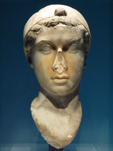 MEI Editor's Blog: What Did Cleopatra Really Look Like ... - photo#29