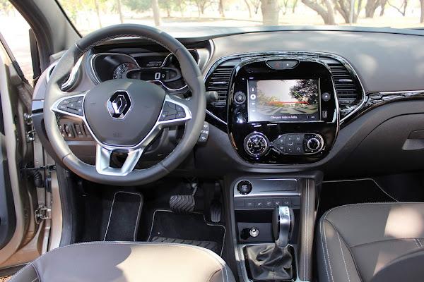 Novo Renault Captur 2022 1.3 Turbo CVT - posição de dirigir