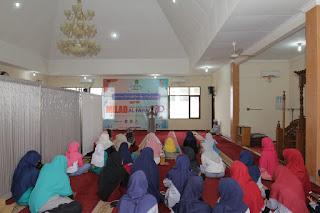 Indahnya Berbagi Bersama Anak Yatim Dalam Rangka MILAD Al-Farabi ke 30th