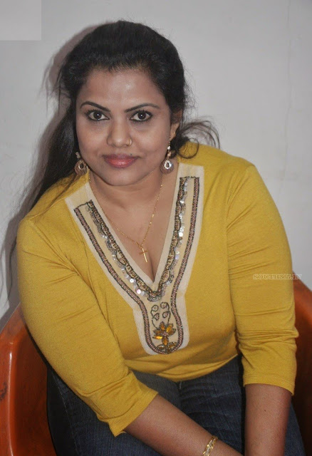 Nangi Girl Photo Hd