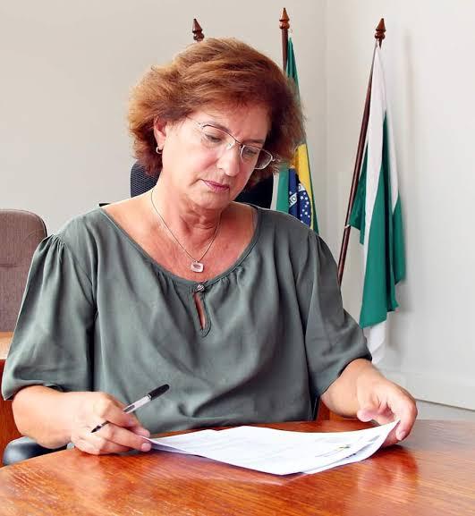 Beti Pavin e J. Camargo são condenados a devolver dinheiro público que usaram indevidamente quando foram prefeitos de Colombo