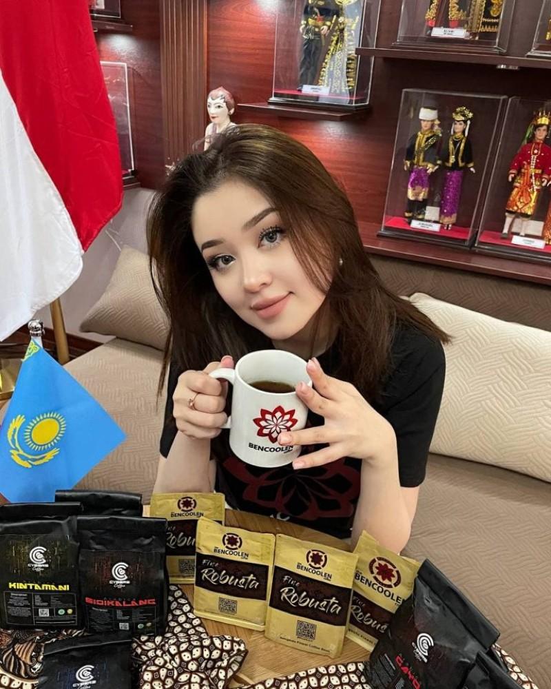 Dayana Kazakhstan Jadi Brand Ambassador Kopi Indonesia