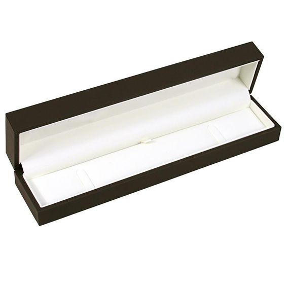 Luxury Sleeved Small Bracelet Box