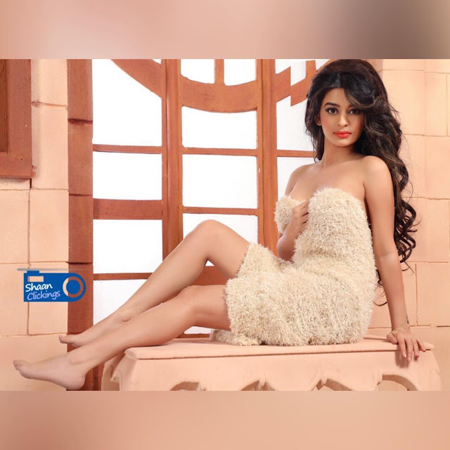 Bollywood Hot Actress Ankita Dave Latest Photoshoot Pics Navel Queens