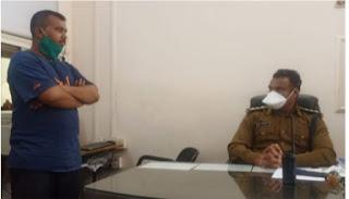 गणपति नाका पुलिस के पकड़ा नकली सीबीआई इंस्पेक्टर