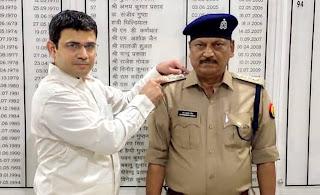 निरीक्षक जेपी सिंह बने पुलिस उपाधीक्षक  | #NayaSaberaNetwork