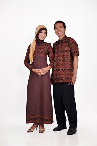 Model Batik Couple Long Dress