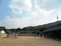 villaggio hanok namsangol seoul