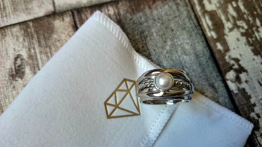 Boho Silver Statement Ring, Gemporia, Sterling Silver rings, pearl jewellery, Festival Accessories, UK blog, Irish Blog, NI blog