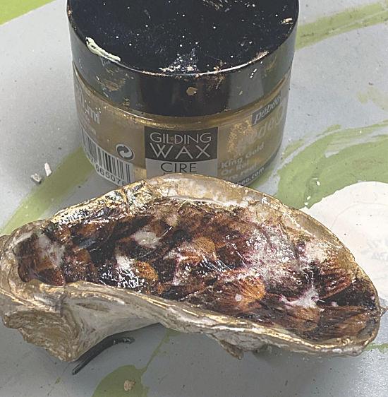 gold gilding wax on shells