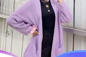 5 Warna Cardigan Yang Cocok Untuk Kulit Sawo Matang 2021