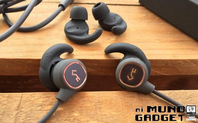 Aukey EP-B60: auriculares con diseño magnético