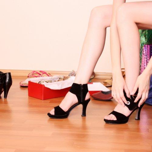 Sepatu Hak Tinggi Remaja