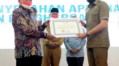 Berkomitmen Tingkatkan Kualitas Pekerja Migran, Padang Panjang Dapat Penghargaan dari BP2MI