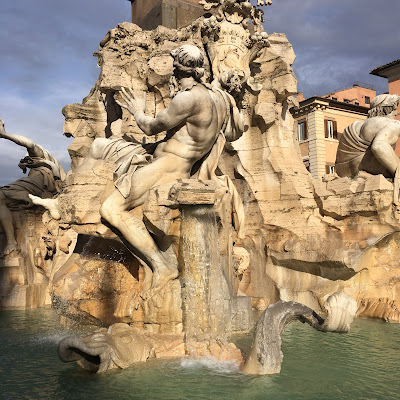 Fontana Quattro Fiumi Danubio Antonio Raggi