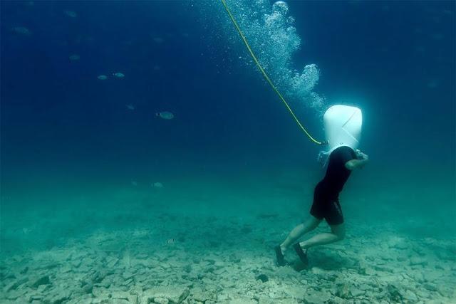 poze pesti-mare-scafandru-parc subacvatic