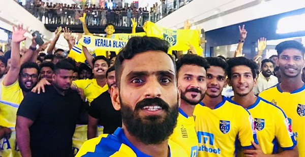 News, Kochi, Kerala, Complaint, Sports, Police, CK Vineeth's complaint: Manjappada admin should be attend in front of investigation officer