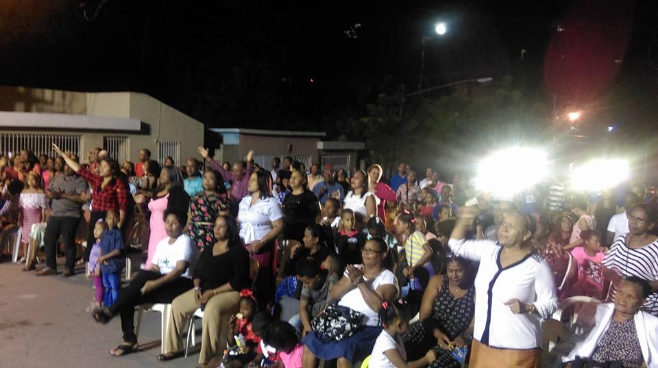 Cientos de cristianos evangélicos se Realizan gloriosa actividad de inicio de año en la  Sánchez ancha de Barahona.