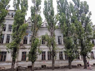Мелитополь. Заброшенный ликёро-водочный завод