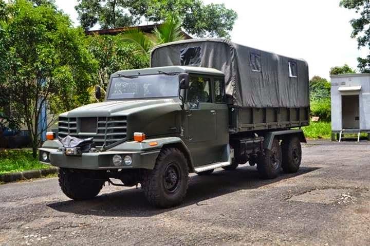 Truck Peluncur Roket 6x6 Produksi PT Alam Indomesin Utama