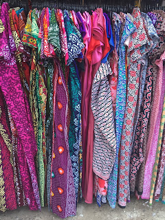 Sarojini Nagar Market: What, Where, when & How?? | hacks