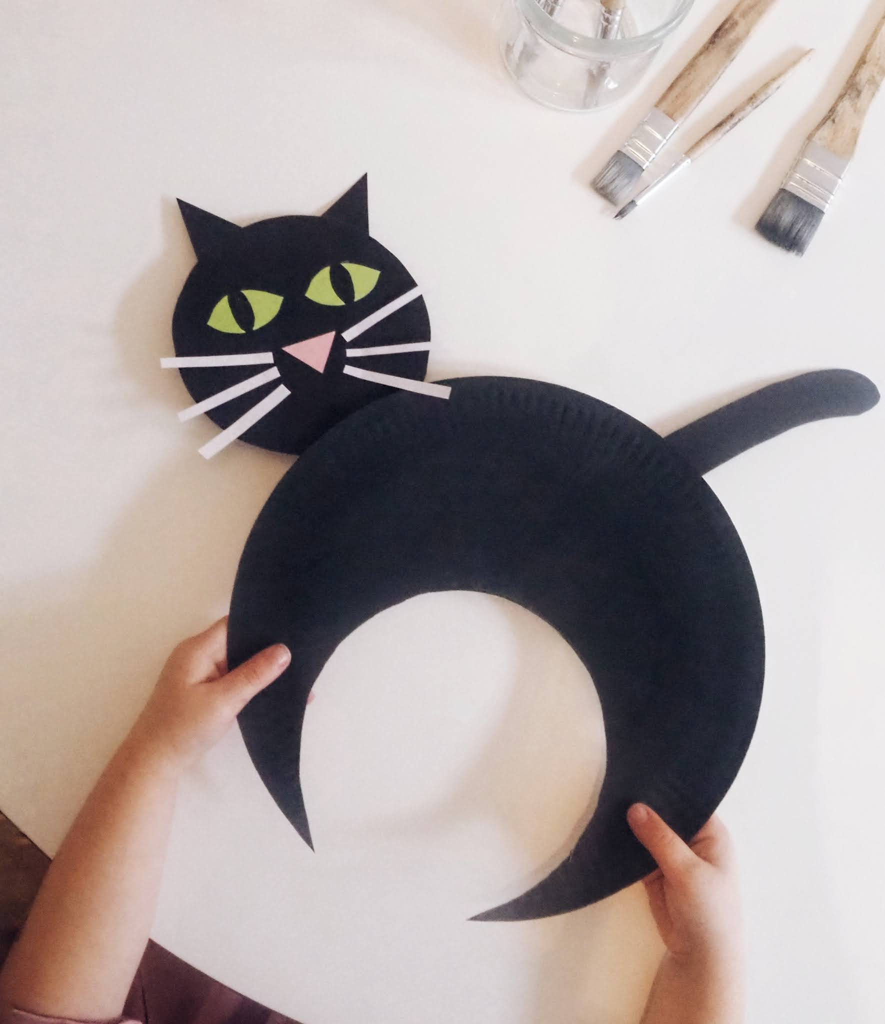 Toddler Halloween Craft - Paper Plate Black Cat