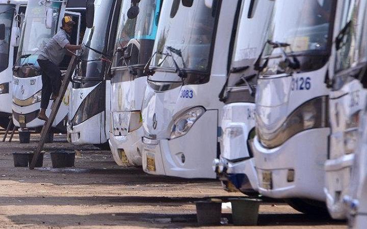 Jadwal-dan-Tarif-Bus-Damri-Bandara-Internasional-Lombok-BIL-Epicentrum-Senggigi-dan-Sumbawa