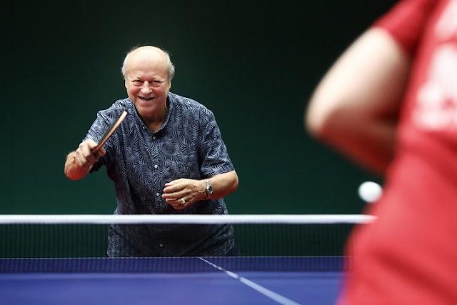 Jónyer István 70 éves
