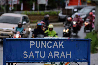 Sewa elf Jakarta