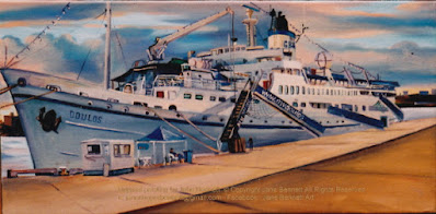 Plein air oil painting of the 'Doulos' -last cruise ship to dock at East darling Harbour Wharves painted by marine artist Jane Bennett
