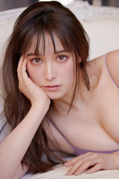 Naomi Trauden トラウデン直美, FRIDAY 2021.02.19 (フライデー 2021年2月19日号)