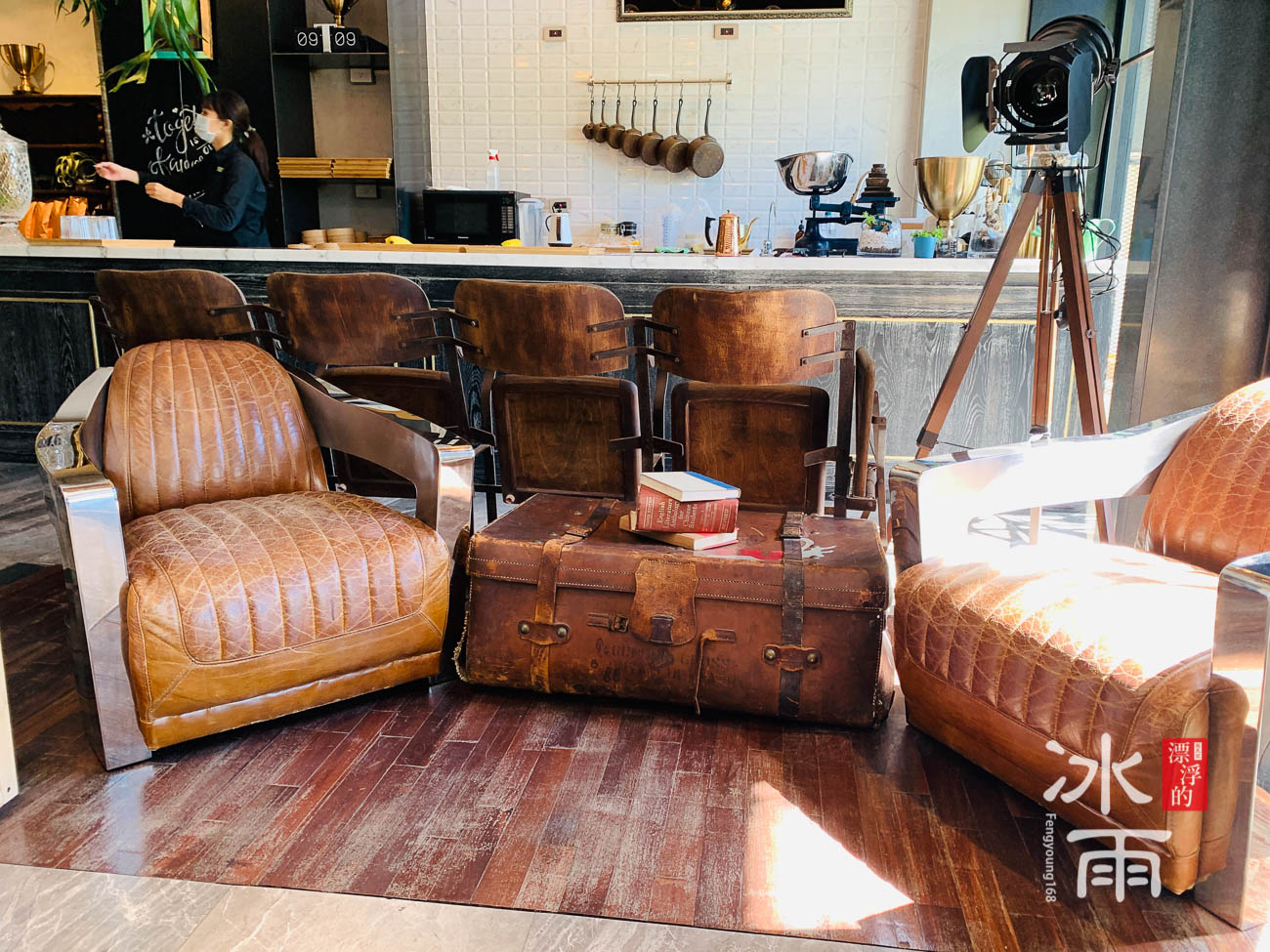 有復古造型的椅子