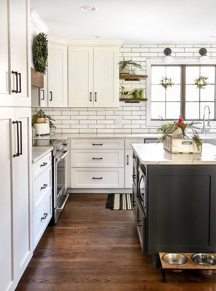 Simple neutral Christmas kitchen