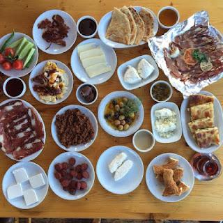 saray çiftliği kahvaltı evi