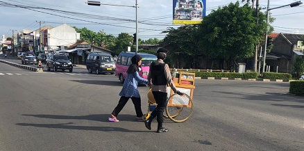 Polda Banten Pagi Hari Pengaturan Lalu Lintas Layani Masyarakat