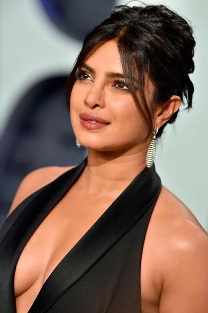 Priyanka Chopra Black Hairdo