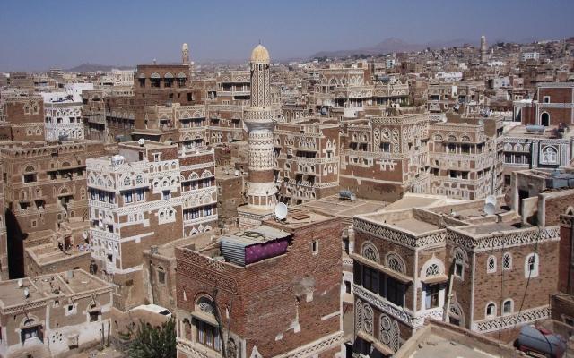 イエメンの町並み(写真AC)