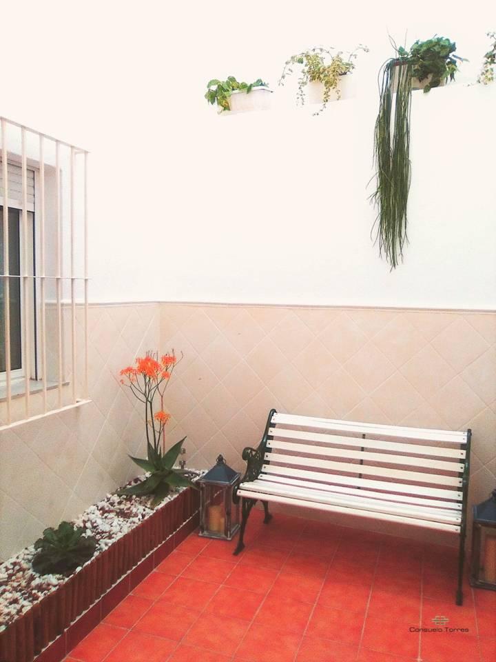 Consuelo torres proyectos de interiorismo decoraci n y - Patio interior decoracion ...