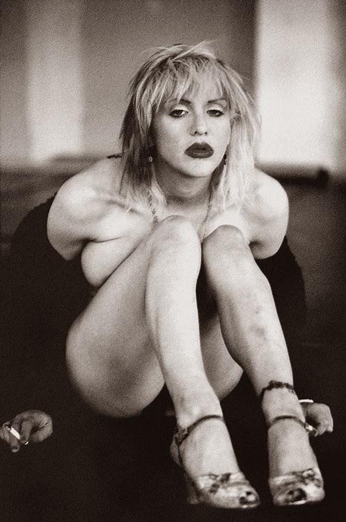 Courtney Love Nude